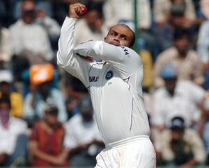 sehwag bowling